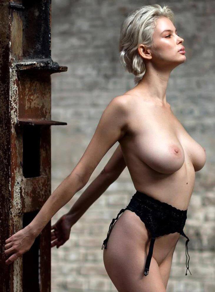 Julia Logacheva Nude Photos Collection