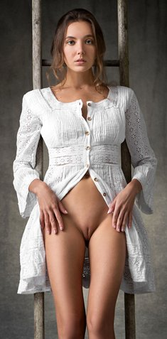 Sexy girl Katya Clover posing naked