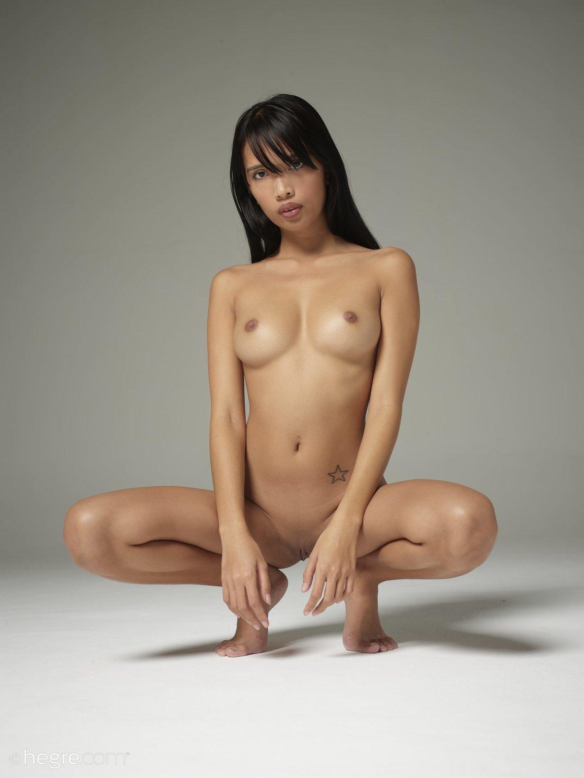 Girl nude asian Asian Babes