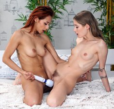 Lesbians Tiffany Tatum and Veronica Leal going down on each other