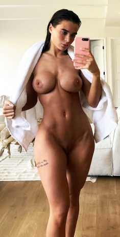 Amazing naked selfies